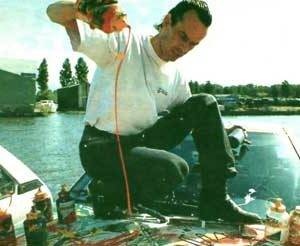 Jacob Kanbier doing a car painting during Leidato Exhibition (Leiden) in 1994